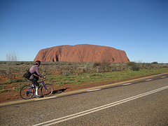 cycling-to-uluru